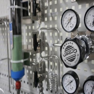 酸素計校正室