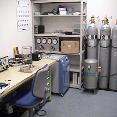 圧力計校正室